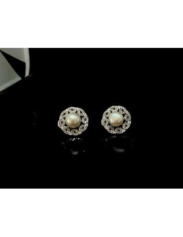 Pendiente flores de perlas cultivadas de plata de ley con circonita